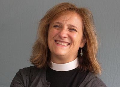 No 0029 Vicar Laura.jpg resize